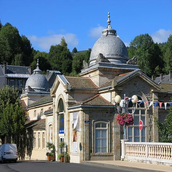 Camping La Bourboule Cure Thermale La Bourboule En Auvergne 63150